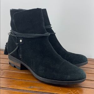 Sorel Farah Short Black Suede Size 8 BIN1
